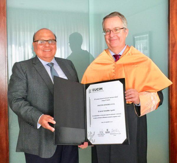 El Director de EUCIM, Marcelo Eduardo Servat López, y el Dr Honoris Causa Javier Fernandez Aguado